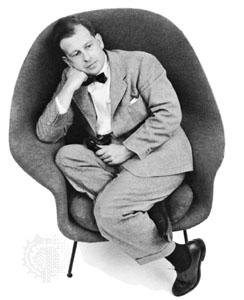Eero Sarinen en su sillón Womb