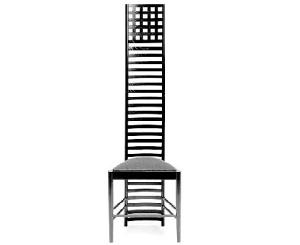 Charles Rennie Mackintosh - Silla diseñada para Hill House en Helensburg (1903) - La imagen muestra una silla en madera negra de respaldo muy alto y estrecho (que llegaría hasta la cabeza de una persona sentada en ella) formada por travesaños horizontales bastante juntos y rematada en la parte superior por una especia de celosía formada por pequeños cuadrados. Pulse para ampliar