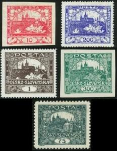 Sellos de correos de 1918 de Checoslovaquia, con diseños de A. M. Mucha - La imagen muestra una tirada de cinco sellos de correos de la nueva república de Checoslovaquia con cinco valores diferentes. Pulse para ampliar.