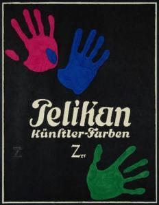 La imagen muestra un cartel de fondo negro sobre el que se ven las huellas en color rosa, azul y verde de las palmas de una mano. En el centro, en letras bancas, la marca Pelikan. Pulse para ampliar.