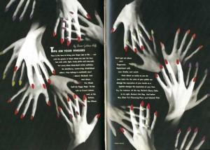 La imagen muestra una doble página de la revista, de fondo negro, sobre el que se ven imágenes de manos femeninas superpuestas formando una especie de óvalo entre las dos páginas. Las manos tienen las uñas pintadas de rojo y el texto, inscrito dentro del espacio del óvalo, está en letras blancas. Pulse para ampliar.