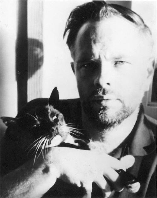 Philip K. Dick con su gato