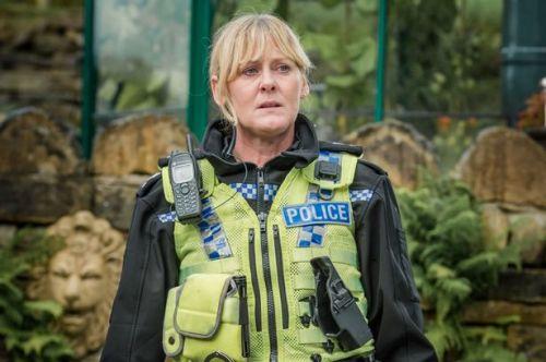 Sarah Lancashire en el papel de la sargento Catherine Cawood en la serie Happy Valley de la BBC